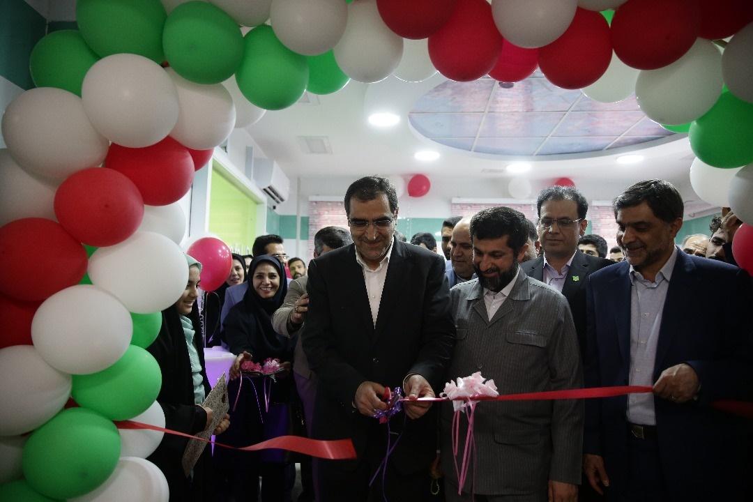 افتتاح چند طرح بهداشتی، درمانی در سفر وزیر بهداشت به خوزستان