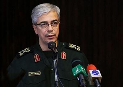 نیروهای مسلح از تولید کالاهای ایرانی حمایت میکنند