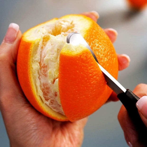 میوهها را پس از پوست کندن بلافاصله مصرف کنید