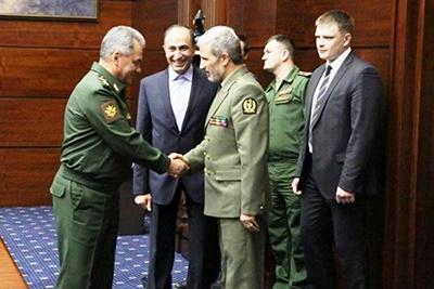 تاکید تهران برگسترش همکاری های دفاعی با کشورهای دوست