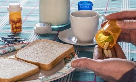 توصیه پزشکان به مصرف داروی سرطان پروستات همراه با غذا