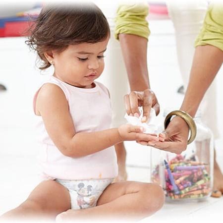 تاثیر دستمال مرطوب بر بروز آلرژی های غذایی در کودکان