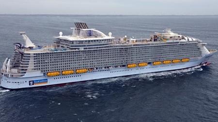 بزرگترین کشتی تفریحی جهان سفر خود را در دریای مدیترانه آغاز کرد