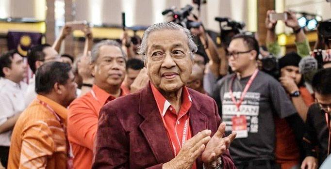 ماهاتیر محمد نخستوزیر مالزی شد