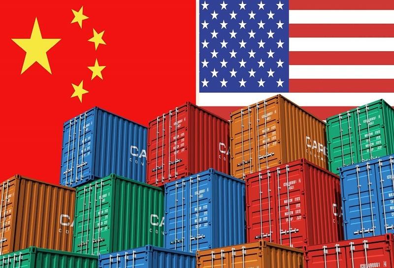 کسری تجاری ۳۷۵ میلیارد دلاری در تجارت آمریکا با چین