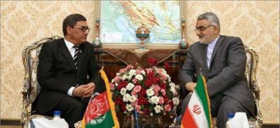 همکاری های مشترک دفاعی ایران و افغانستان ضروری است