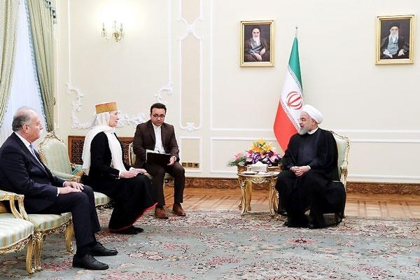 روحانی: اروپا ایستادگی کند در برجام میمانیم