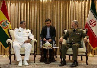 وزیر دفاع: با کشورهای مستقل آماده همکاری هستیم