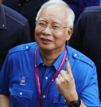 کشف مقادیر زیادی اجناس گرانبها از خانه نخست وزیر سابق مالزی