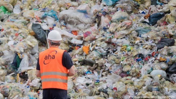 طرح اتحادیه اروپا برای کاهش زبالههای پلاستیکی