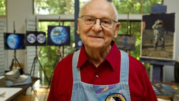 مرگ هنرمند و فضانورد سابق ناسا