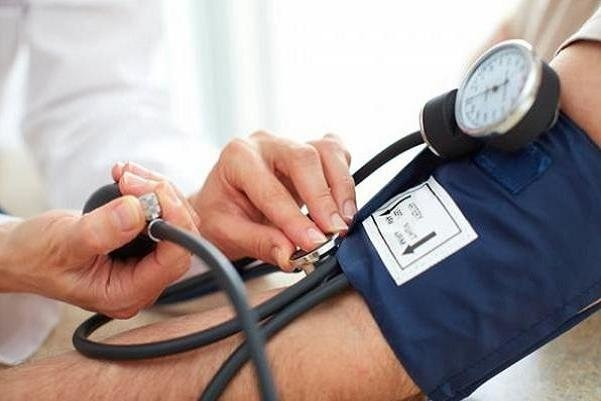 ۳۰ درصد ایرانیهای بالای ۴۰ سال دچار پرفشاری خون هستند