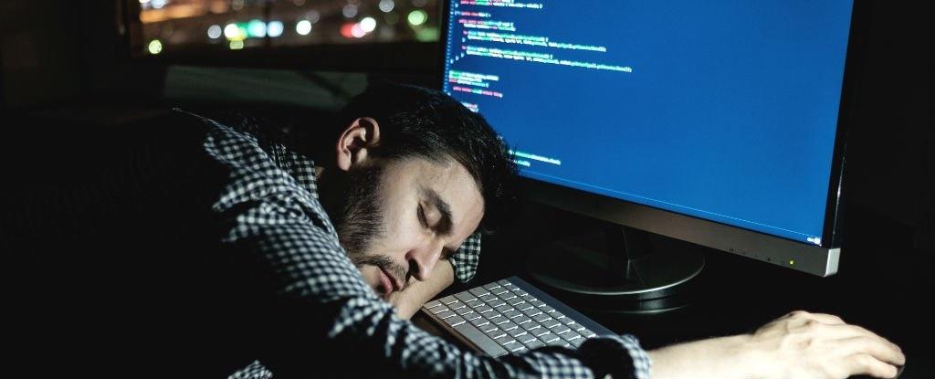 مغز بیخواب خود را میخورد