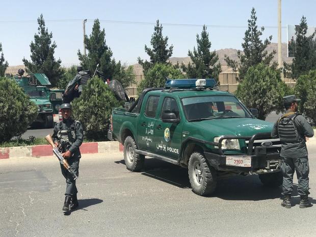 حمله به وزارت کشور افغانستان با کشته شدن مهاجمان خاتمه یافت