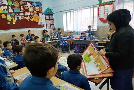 آغاز کارگاه های آموزشی آشنایی با گیاهان در مدارس منطقه ۱۹
