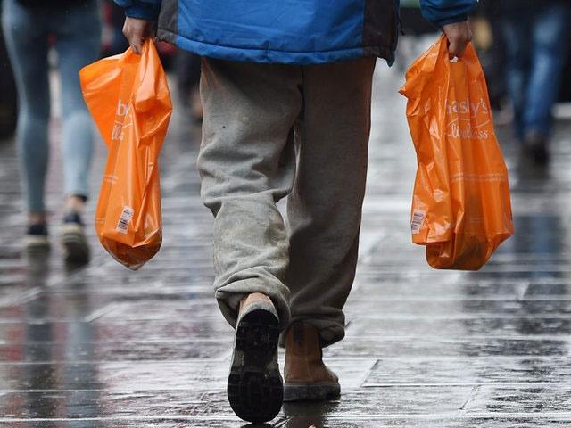 روش آلبانی برای مبارزه با کیسه پلاستیک