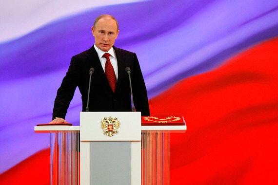 ولادیمیر پوتین بار دیگر مدودف را برای نخست وزیری معرفی کرد