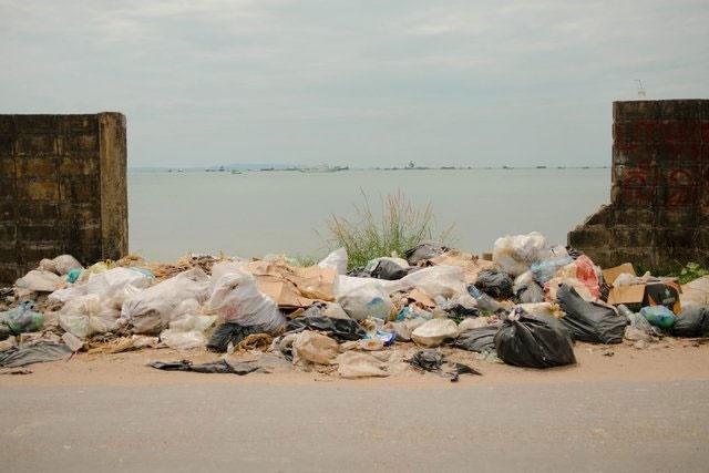 درماندگی محمودآبادیها برای چال کردن زبالهها