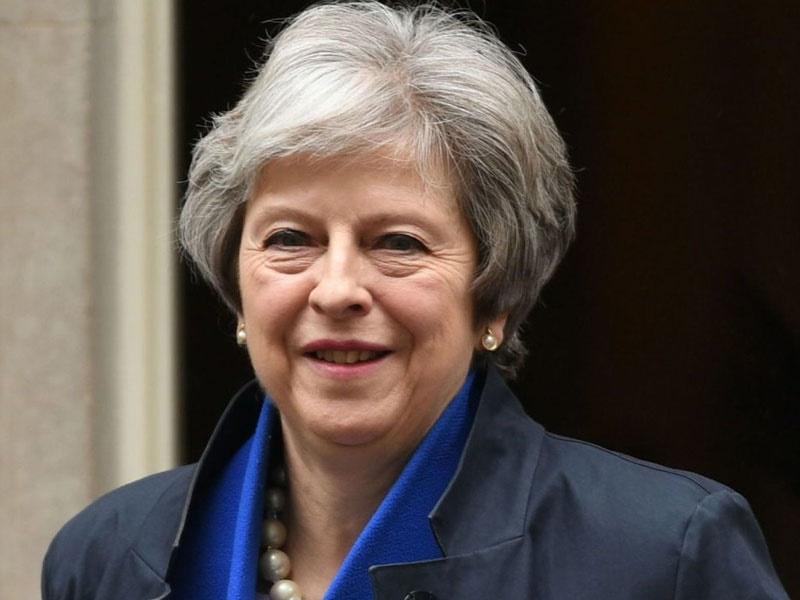تصویر نخستوزیر انگلیس از دانشگاه آکسفورد حذف شد