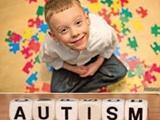 تعداد کودکان اوتیسم در ایران رو به افزایش است