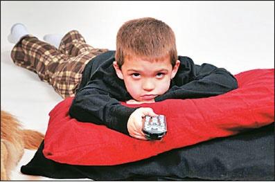 اثرات منفی اخبار جعلی بر اعتماد به نفس کودکان