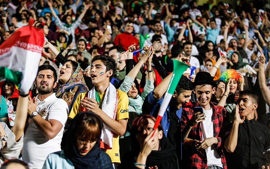 وعده معاون استاندار تهران درمورد پخش دیدار ایران-پرتغال در ورزشگاه آزادی