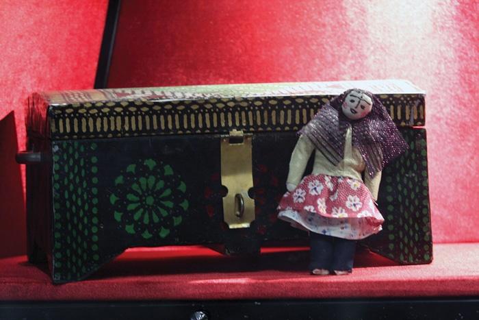 گردهمایی عروسکها در آزادی