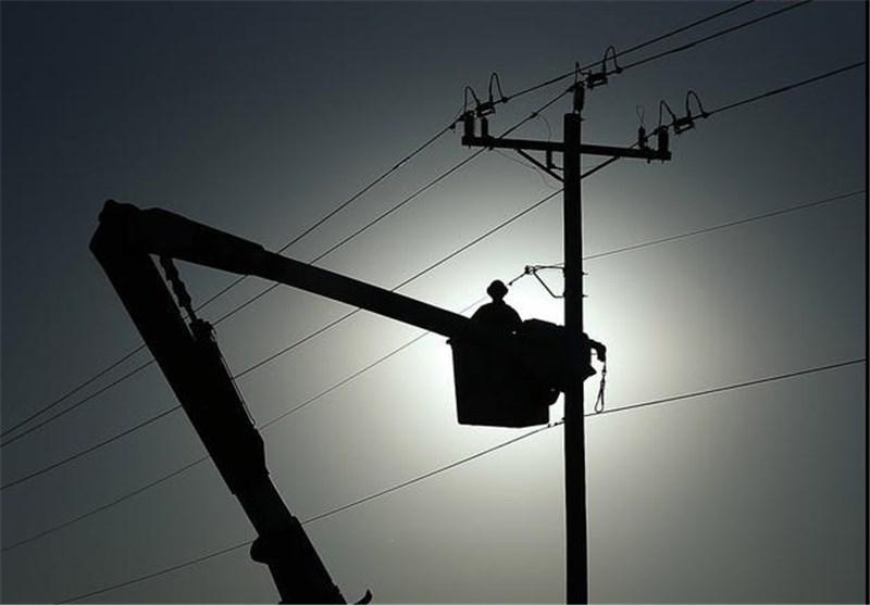 برق تمام روستاهای سیلزده لرستان وارد مدار شد