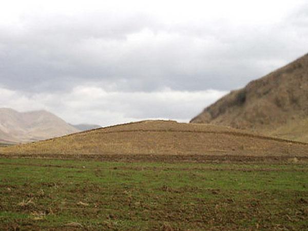 تخریب تپه تاریخی ۵ هزار ساله در شهرکرد