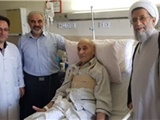 فرمانده نیروی هوایی ارتش از امیر خلبان منوچهر محققی عیادت کرد