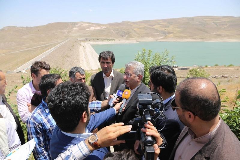 وزیر نیرو: سرمایهگذاری در تولید برق خورشیدی افزایش مییابد