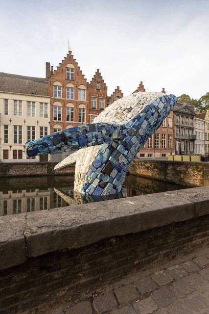 ساخت المان شهری غولپیکر از ضایعات پلاستیکی