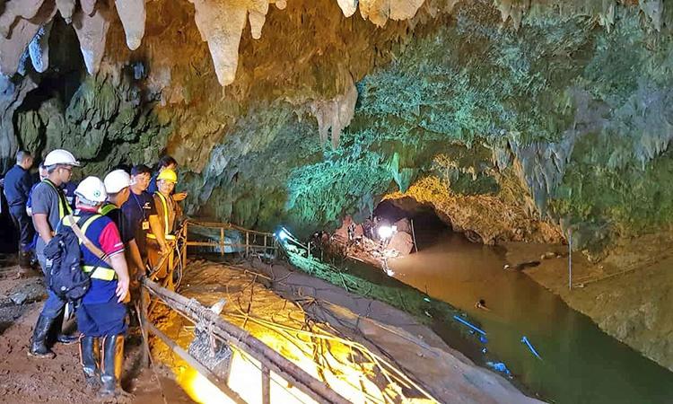 نجات جان بچه ها از غار تایلندی