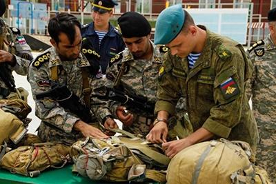 نیروهای مسلح ایران در مسابقات نظامی بین المللی شرکت میکنند