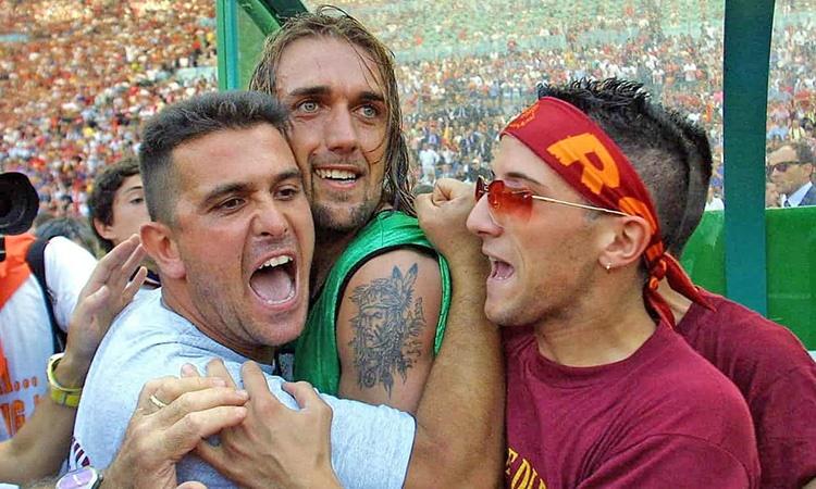 ستاره آرژانتینی پرسودترین بازیکن بالای ۳۰ سال تاریخ فوتبال است