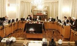 ممنوعیت به کارگیری بازنشستگان در انتظار نظر شورای نگهبان