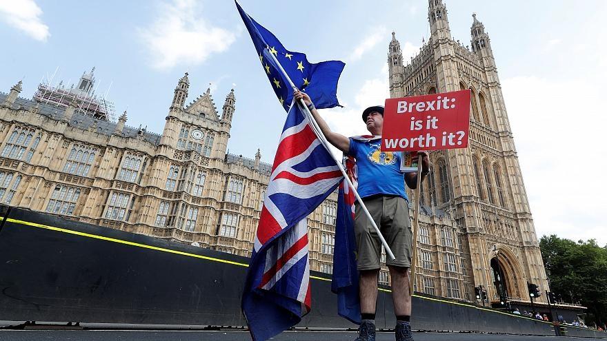 مجلس عوام بریتانیا با هر ۴ پیشنهاد نمایندگان در مورد برگزیت مخالفت کرد