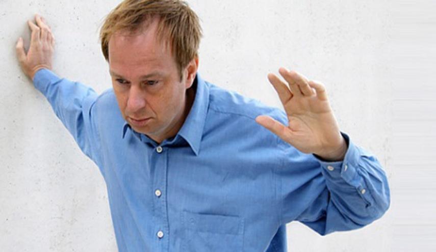 سرگیجه هنگام بلندشدن نشانه ریسک زوال عقل است