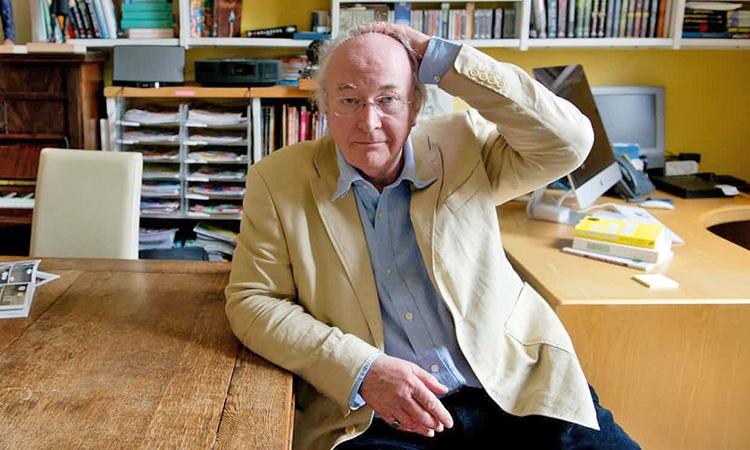 انتقاد پولمن از سیاستهای آموزشی مدارس بریتانیا   خواندن کتاب برای لذت بردن است