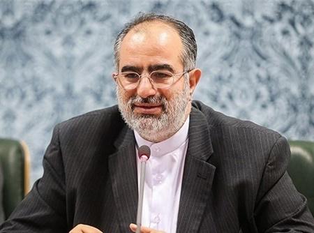 درخواست حسام الدین آشنا   رابطه مالی و تبلیغاتی صدا و سیما شفاف شود