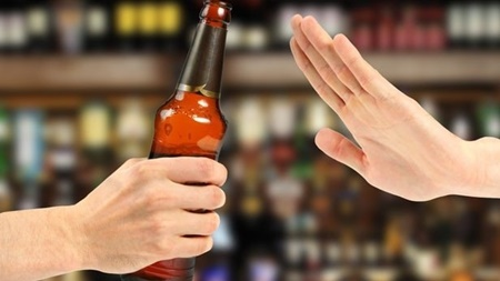 ممنوعیت فروش نوشابه های الکلی در ترکمنستان