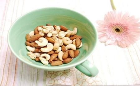 لوبیا,کدو تنبل,دانههای کتان,عدس,منیزیم,بادام,مواد غذایی,شلغم,تغذیه,نخود فرنگی,استرالیا,سویا,اسفناج,بروکلی,بادام زمینی,نخود,دیابت