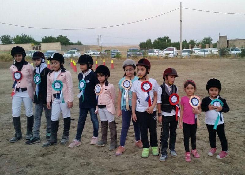 قهرمانان مسابقات پونیسواری و چاپار چابک مشخص شدند