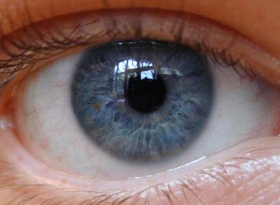 بیماریهای چشمی که با آلزایمر ارتباط دارند
