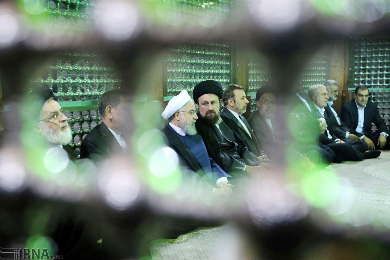 عکس روز | تجدید میثاق هیات دولت با آرمانهای حضرت امام خمینی(ره)
