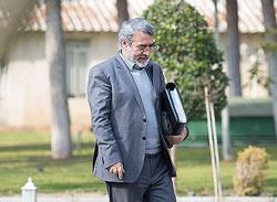 استیضاح وزیر کشور از دستور کار مجلس خارج شد