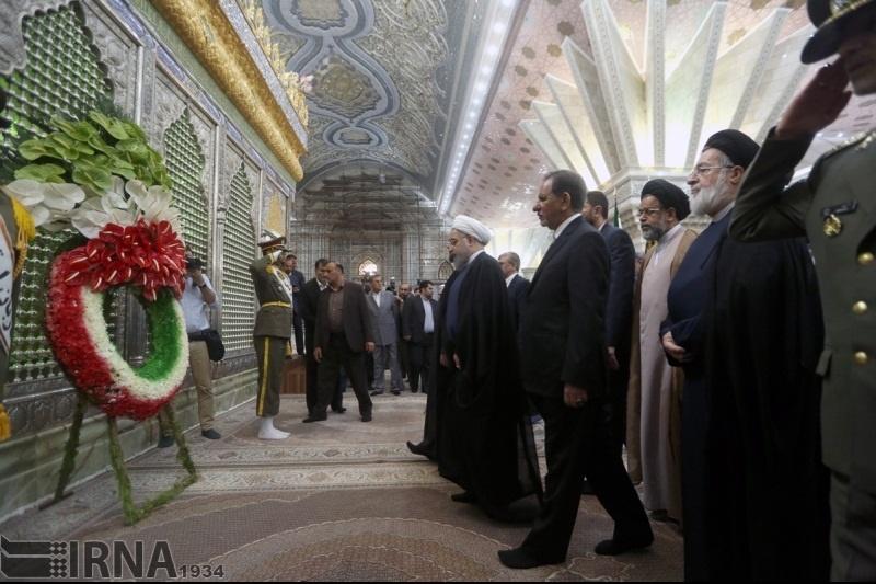 هیات دولت با آرمانهای امام راحل تجدید میثاق کرد