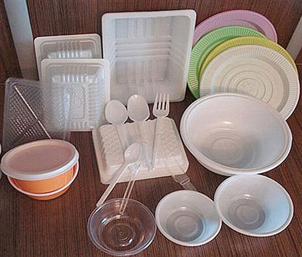 هشدار نسبت به کمبود و گرانی ظروف یکبار مصرف برای محرم