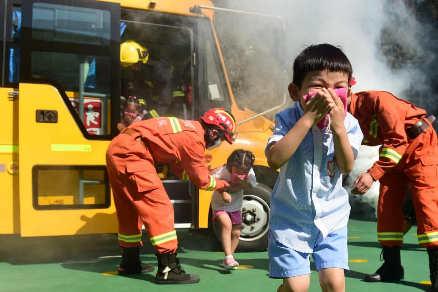 عکس روز: مانور آتشسوزی