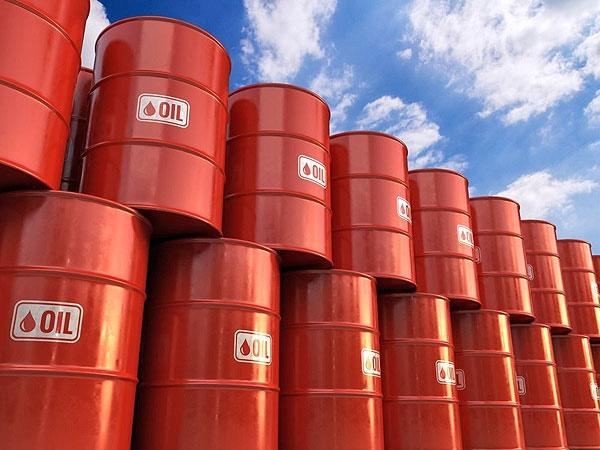 کاهش ۴ درصدی قیمت نفت پس از مواضع جدید ترامپ